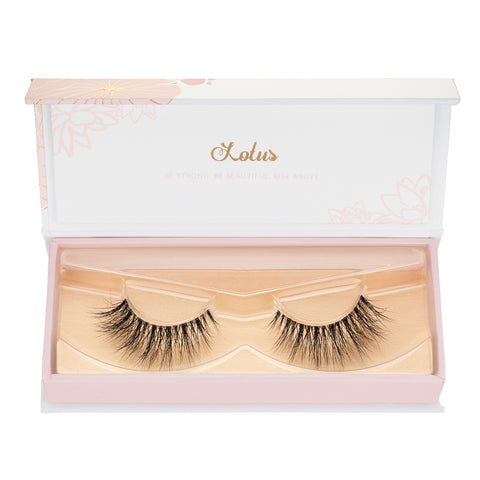 the best lotus lashes for your eye shape