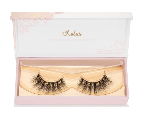 lotus lashes x yariszbeth lash collaboration clear band mink lashes invisible band bandless