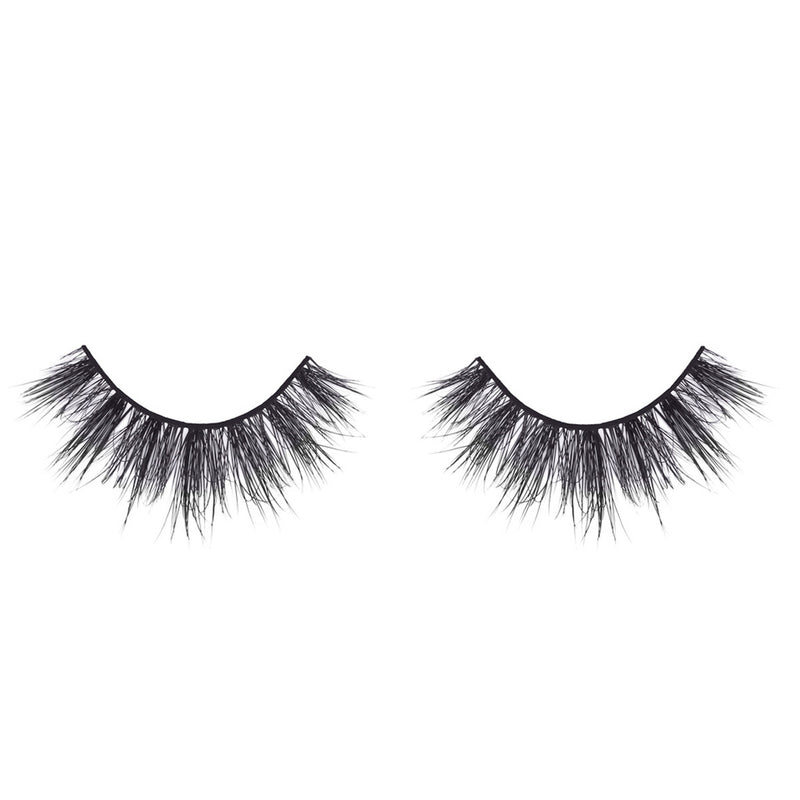 Yariszbeth Mink Lashes invisible clear band 3D mink lashes collaboration lotus lashes in packaging