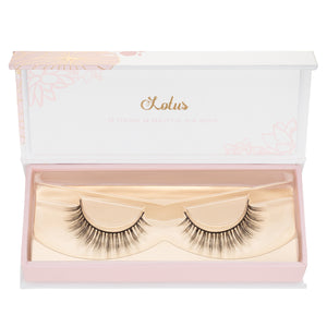 no. 311 mink lashes luxury lashes lotus lashes in packaging