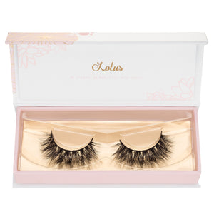 no. 510 3D mink lashes luxury lashes lotus lashes v pattern in packaging