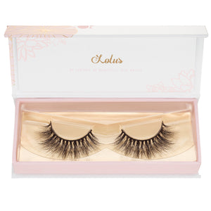 no. 68 3D mink lashes luxury lashes lotus lashes ultra fluffy in packaging