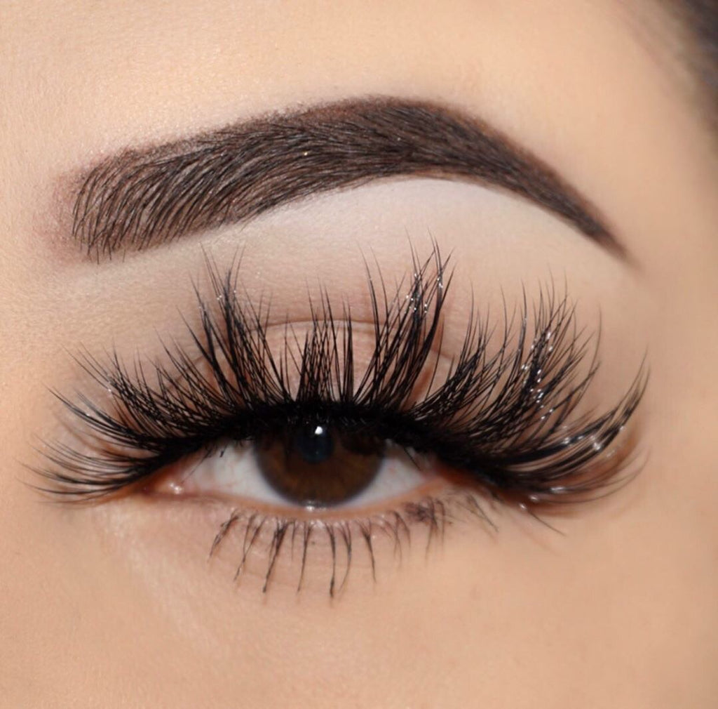pin-up 25 mm faux mink lashes false eyelashes lotus lashes close up