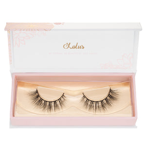 no. 114 3D mink lashes luxury lashes lotus lashes in packaging