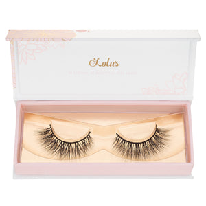 no. 504 mink lashes luxury lashes lotus lashes wispies in packaging