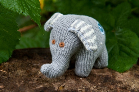 Knit Elephant Grey Rattle