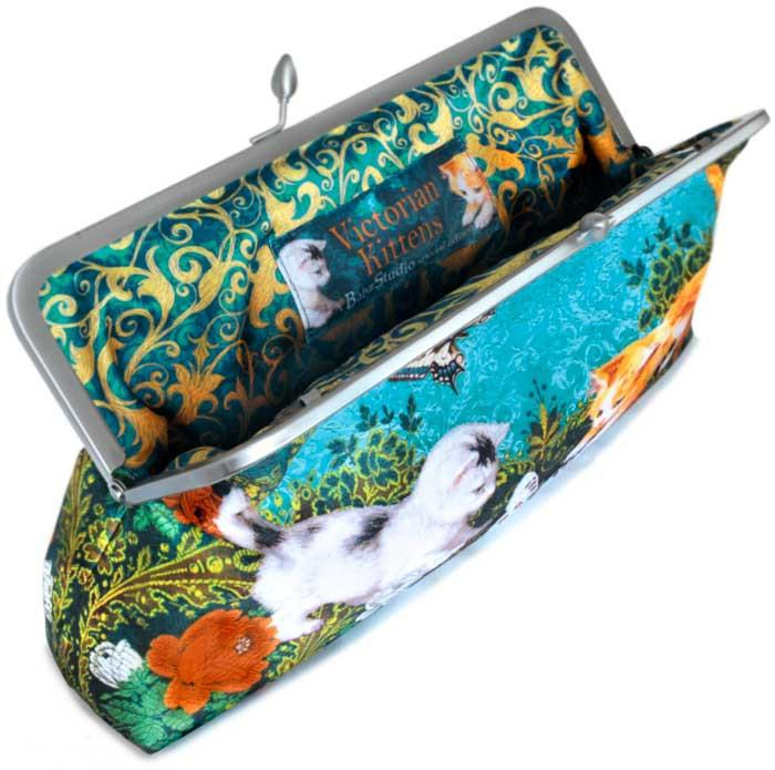 Victorian Kittens, 10 inch size clutch in dupion - Baba Store EU - 2
