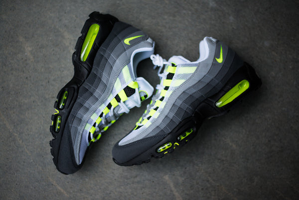 detailed look 104dd 968fe Nike Air Max 95 OG