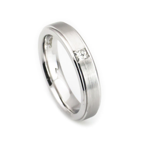 women's gold diamond wedding band