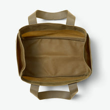 Load image into Gallery viewer, Filson Oil Finish Shot Shell Bag