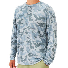 Load image into Gallery viewer, Free Fly Lightweight Camo Long Sleeve Tee