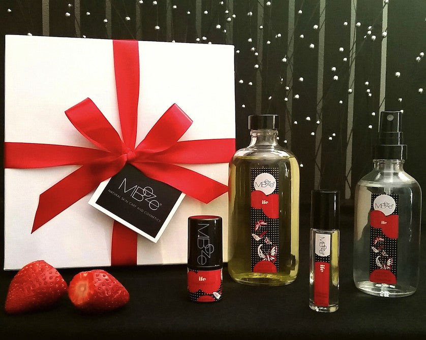Strawberry Sandalwood Fragrance Gift Set
