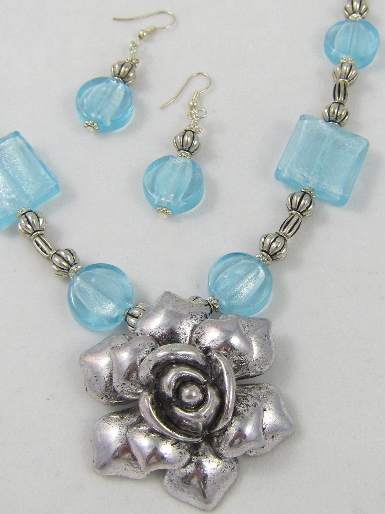 Ociana Blue Hand Made Glass Bead Pendant with Rose