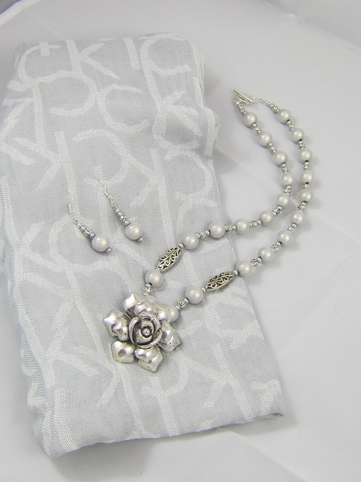 Antiqued Silver Rose Pendant with Light Gray Pearlized Glass Beads