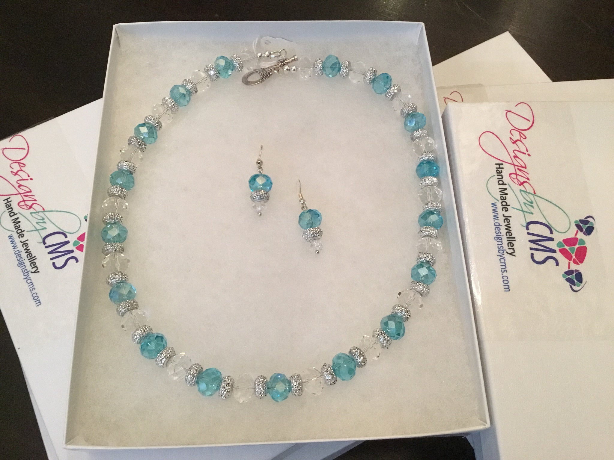 Genuine Clear & Ocean Blue CrystL NECKLAce & Earring Set
