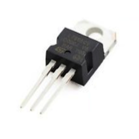L7824CV Positive Voltage Regulator (24V - 1A )