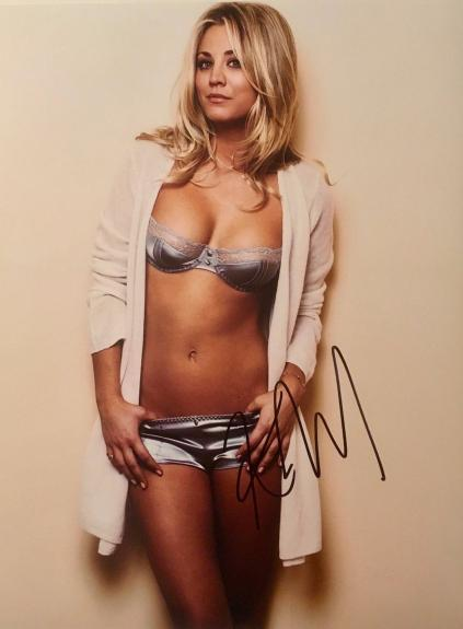 KALEY CUOCO BIG BANG THEORY signed autographed photo COA