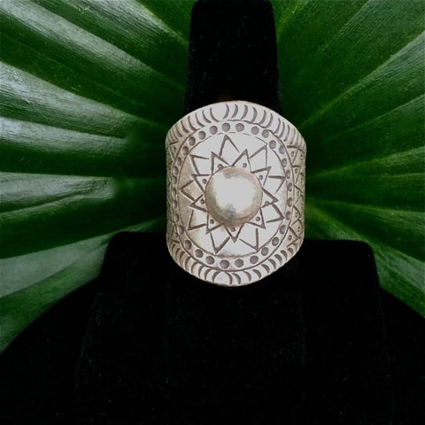 Artisan Silver Ring / Thai Karen Hill Tribe / Sunburst Design / 98.5% Silver