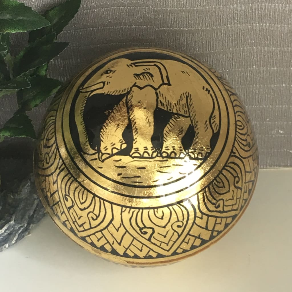 Thai Elephant Lacquerware Jewelry / Ring Box | Gold-Leafed Ball - L - Thai Handicrafts