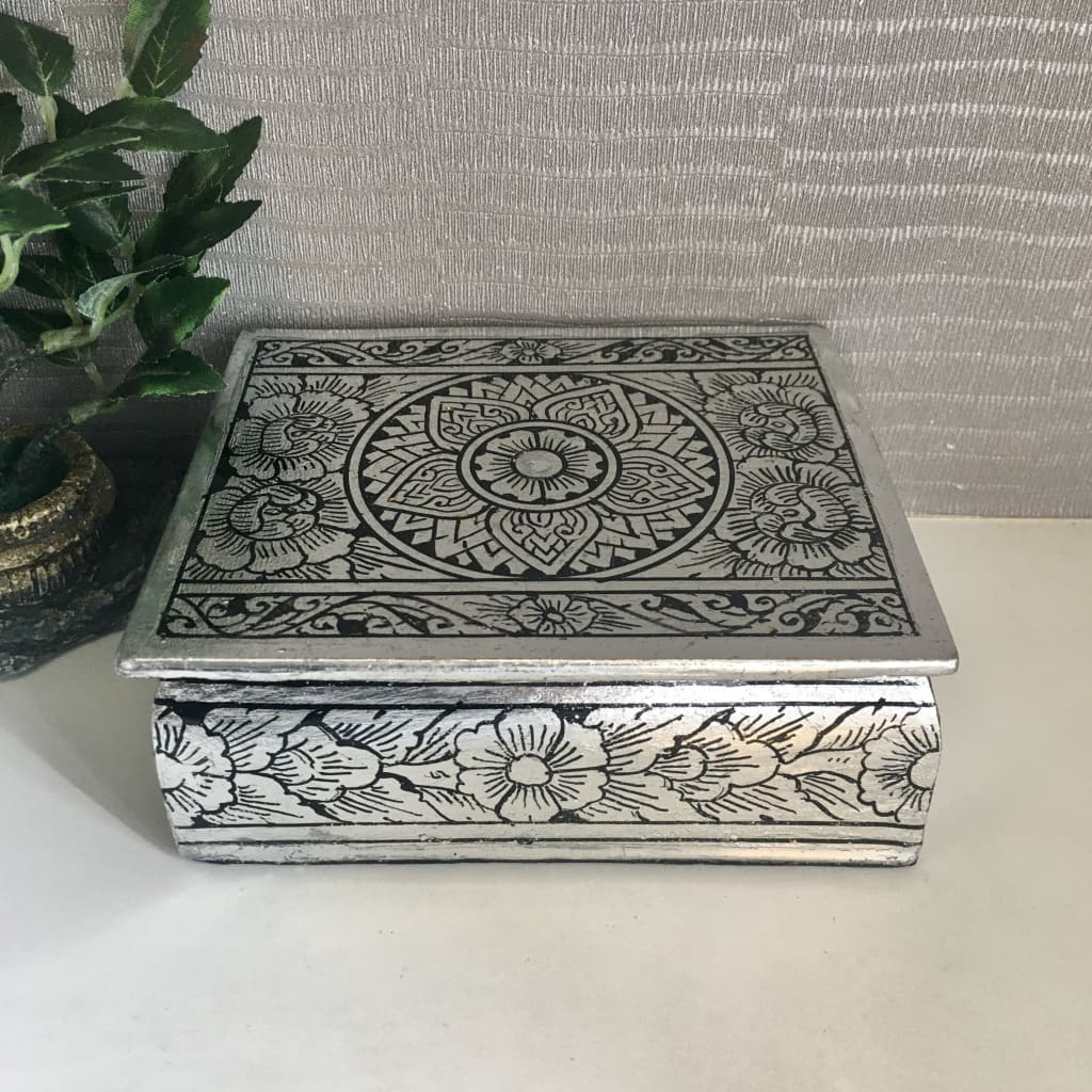 Thai Lacquerware Jewelry Box / Silver-Leaf Lotus Flower | Handmade - Size S - Thai Handicrafts