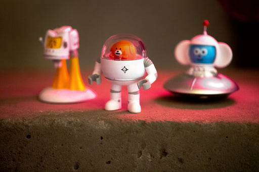 MOMO Planet  BlindBox Series by Rock Bear Family