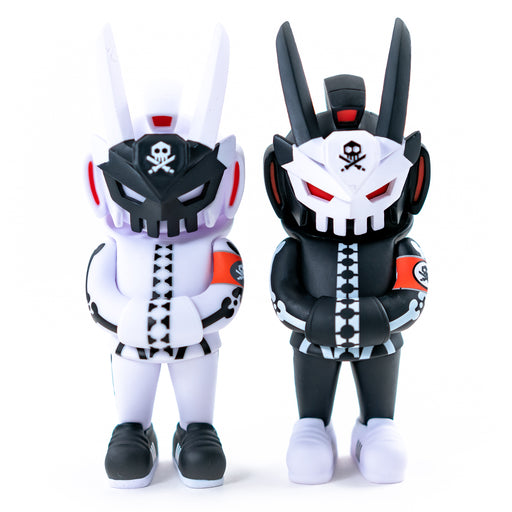 GHOST COMPLEX  Blk & Ghost Mode Edition MegaTeq  by  Quiccs x Martian Toys