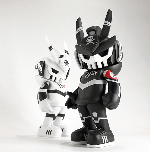 TEQ63 Fortress BLK by Quiccs  x  Martian Toys