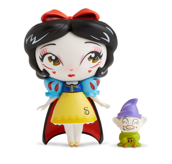 Snow White - Disney Showcase Collection by Miss Mindy