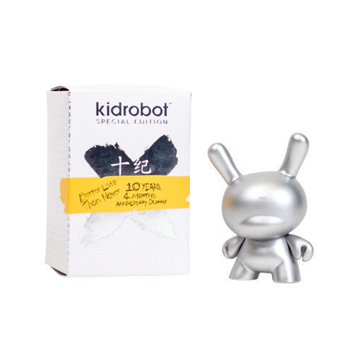 "10th Anniversary 3"" Dunny -  Black, Silver or Red"