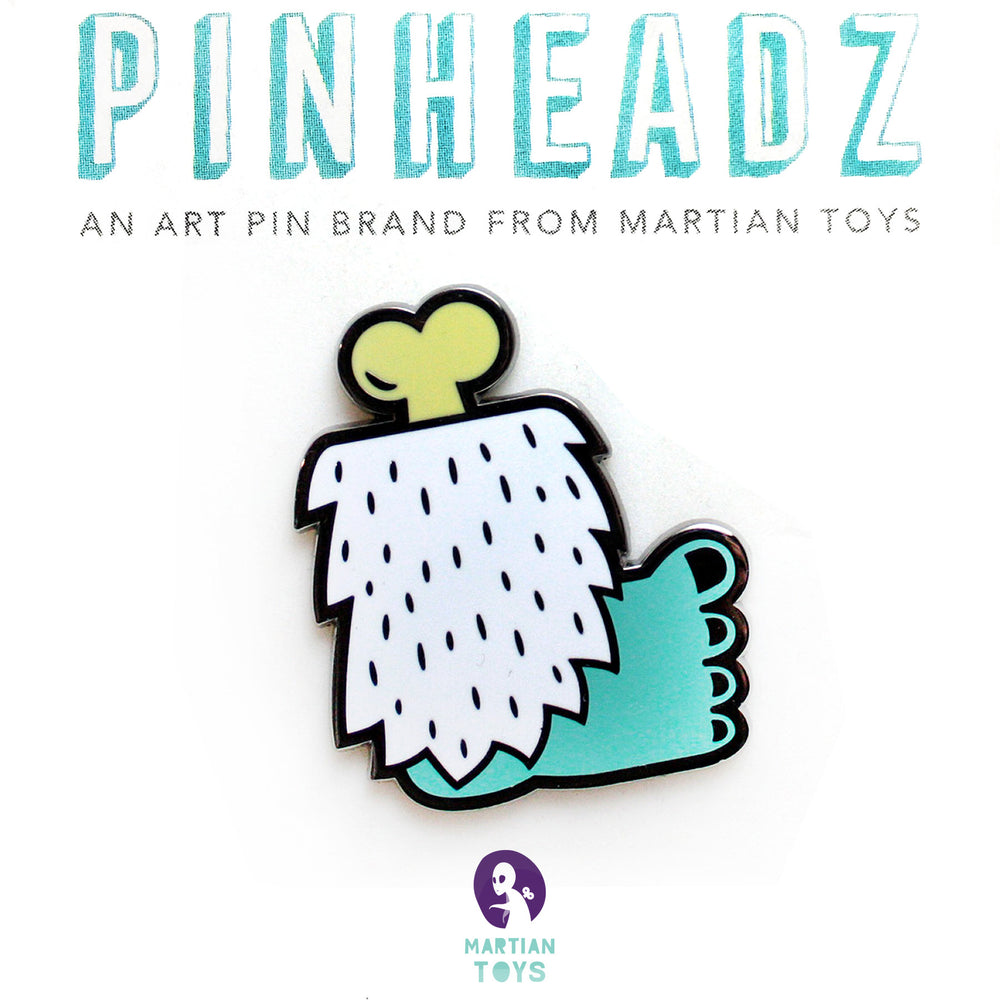 PinHeadz - Tado - Yeti Club Foot Pin
