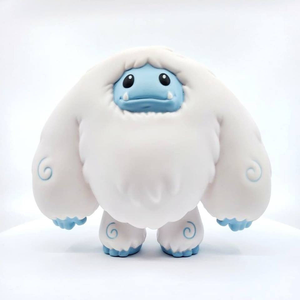 WorldWarYeti  -  Chomp by Abominable Toys