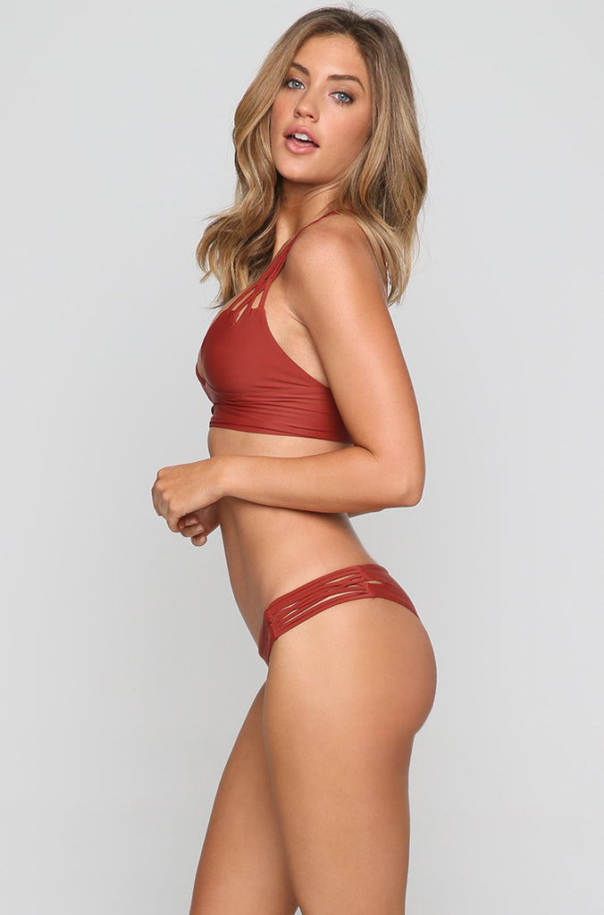 Betty Bikini Bottom in Mars