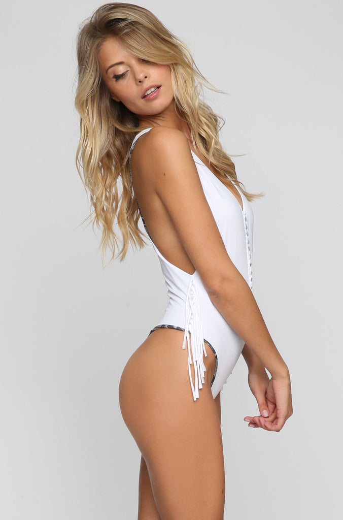 INDAH 2016 Margaux One Piece in White|ISHINE365 - 3
