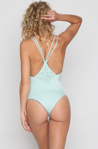 Lili One Piece in Serenity