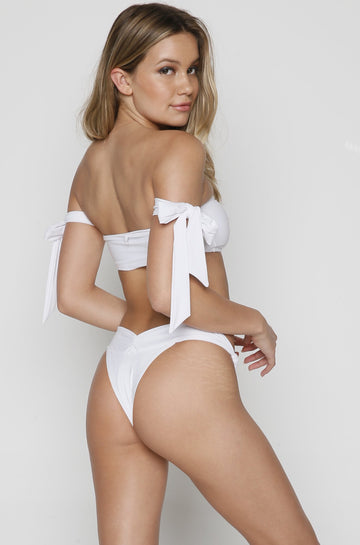 Knot Bottom in White