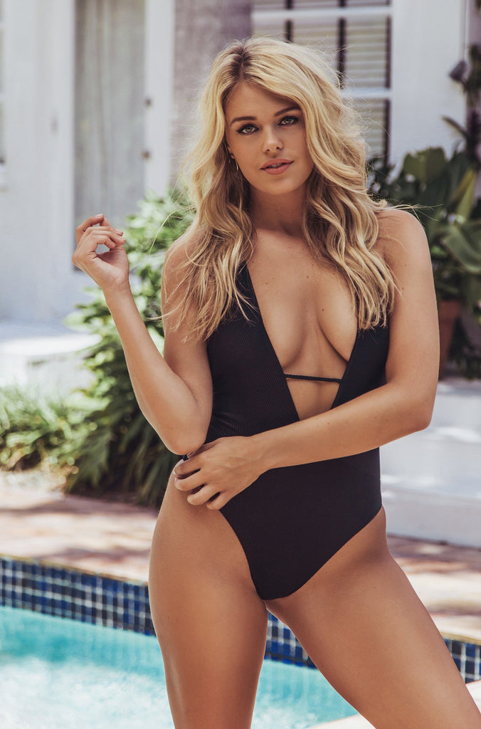 Lily One Piece in Black