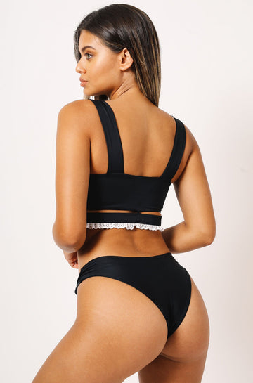 Eve Bikini Bottom in Black