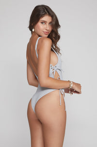 Kati One Piece in Grey