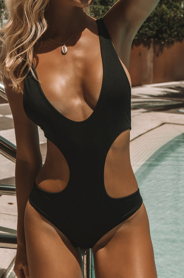 Kopi One Piece in Black