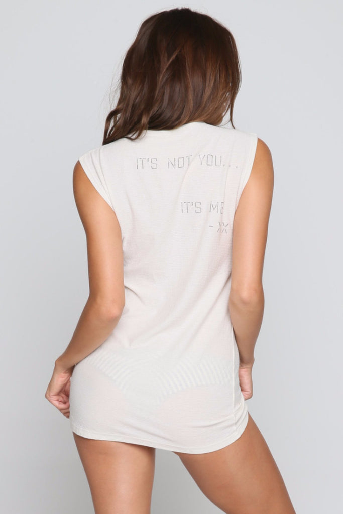 Its Not You Muscle Tee in Ivory/Charcoal