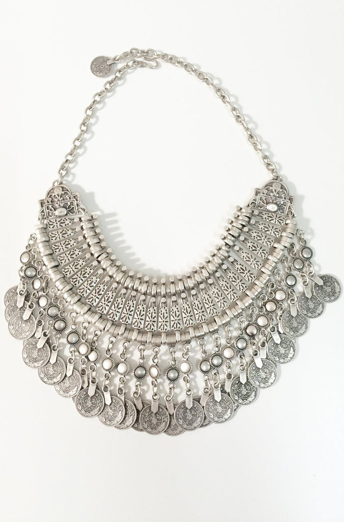Natalie B Jewelry Fit For A Queen Statement Collar in Silver|ISHINE365 - 6