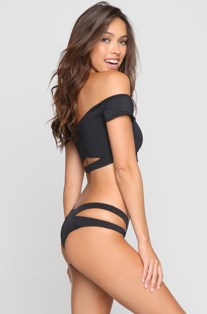 Cut Out Bikini Bottom in Black