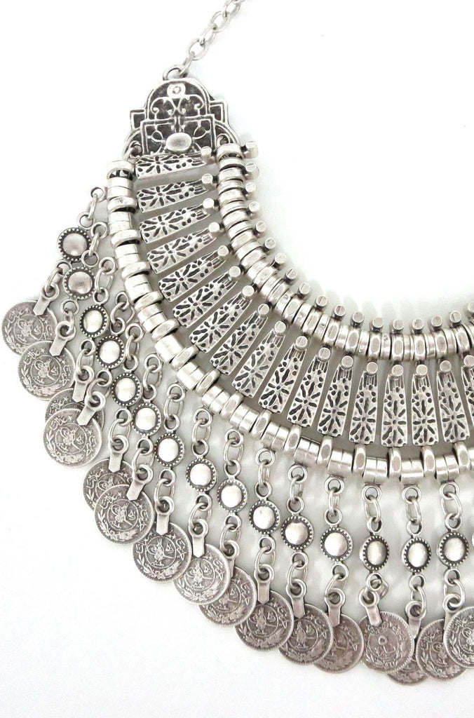 Natalie B Jewelry Fit For A Queen Statement Collar in Silver|ISHINE365 - 5