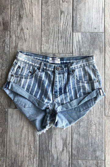 Bandits Denim Shorts in Rocky