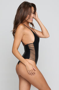 Hermosa One Piece in Onyx