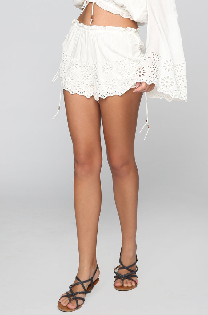 Capri Short in Shell
