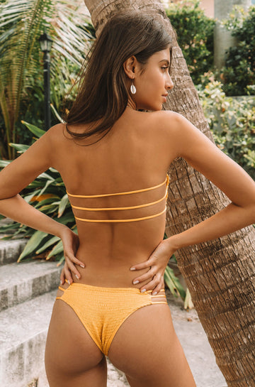 Melli Bottom in Canary