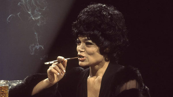 Eartha Kitt cigarette holder