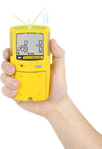 BW Technologies XT-XU00-Y-OR GasAlertMax XT II 2 Gas Detector, Combustible (% LEL, unfiltered), Oxygen (O2) - Yellow Housing, OR version (Other Regions, 3-pin UK plug)