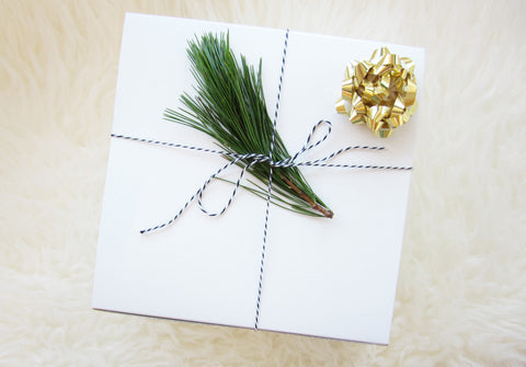 Gift Cards & Gift Wrapping - Morada Pure